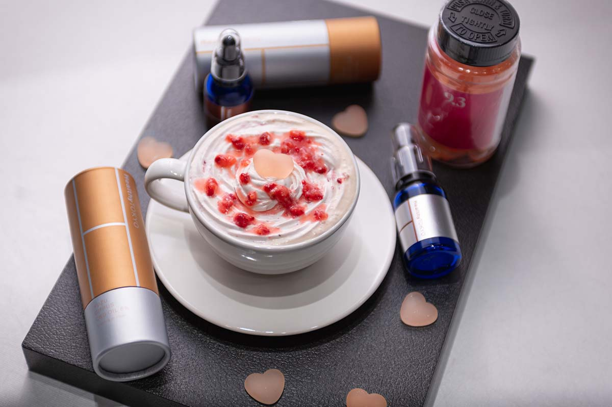 cbd strawberry latte drink by HealthyTOKYO in Daikanyama